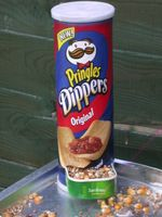 Pringles bird feeder from Dr Ivan Reid