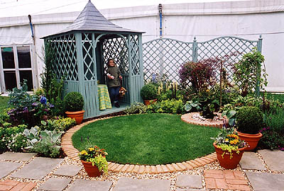 style gardens gold winning design at the royal welsh show 1999 - Garden Design Circles