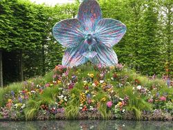 Mark Quinn's sculpture at Chelsea Flower Show 2013