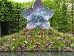 Mark Quinn's sculpture at Chelsea Flower Show 2013
