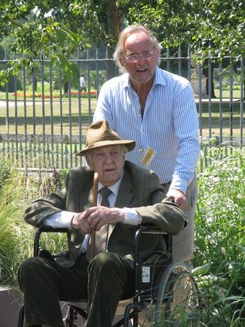 Sir Donald Sinden at Hampton Court Flower Show 2013