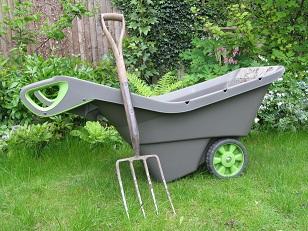 The realbarrow has a deep capacity and tidy profile