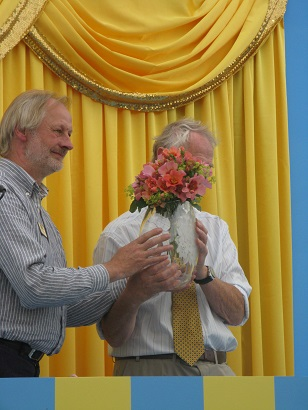 The proper prize, Rose of the Year 2015, Hampton Court Flower Show 2014