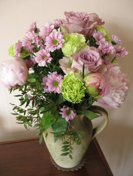 Prestige Flowers Vintage Peony bouquet