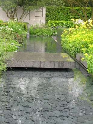 The Telegraph Garden, by Marcus Bennett, RHS Chelsea 2015