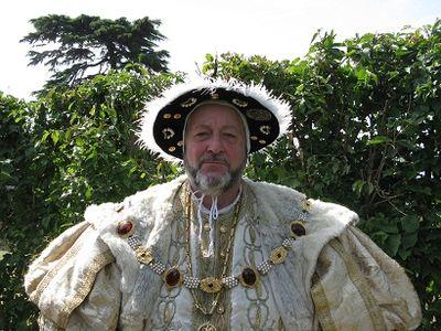 Henry VIII in RHS Anniversary Maze, 2015