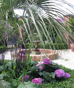 Courtyard garden, Great Gardens of the USA Charleston, RHS Hampton Court 2015